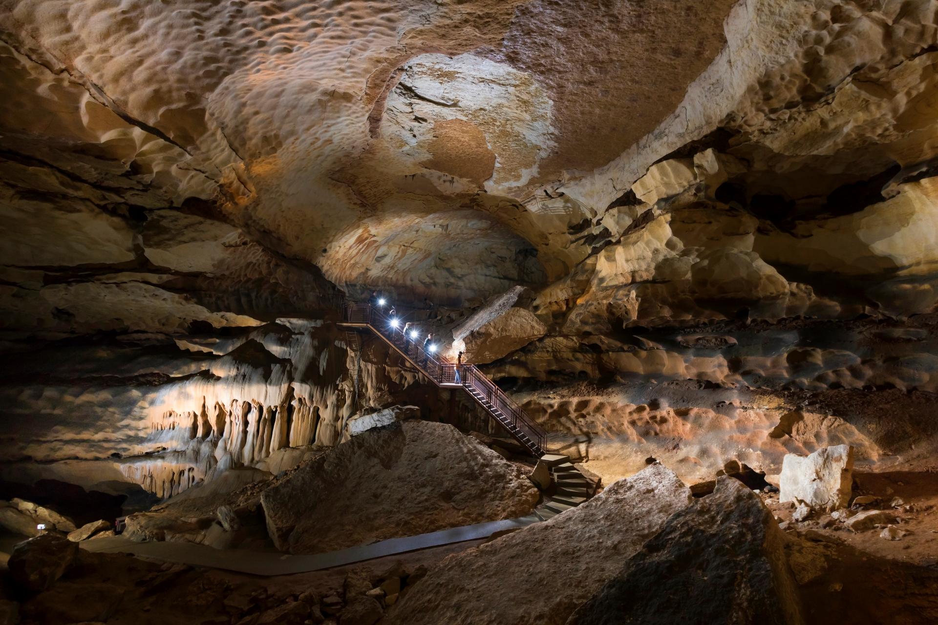 Gruppenempfang im Domsaal ludovic fremondiere grotte saint marcel