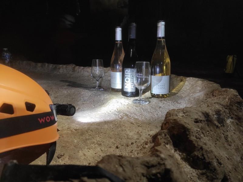 speleoenology wine tasting oenology saint marcel cave 2 133